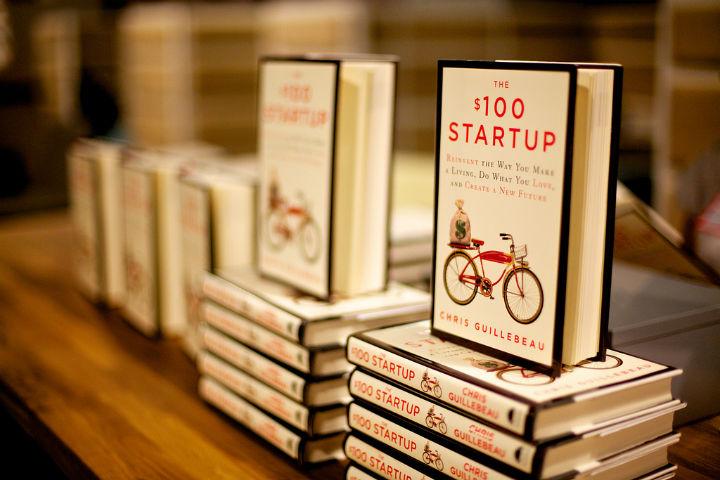 重新创造你的生活方式,做你喜欢的事情,创造一个新的未来。(The $100 Startup)
